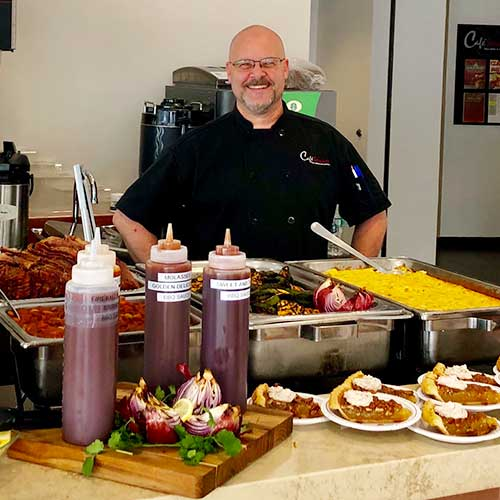 Photo of corporate dining foodservice chef Andy.