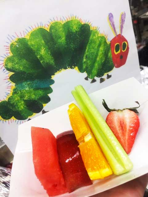 Healthy school lunch photo.